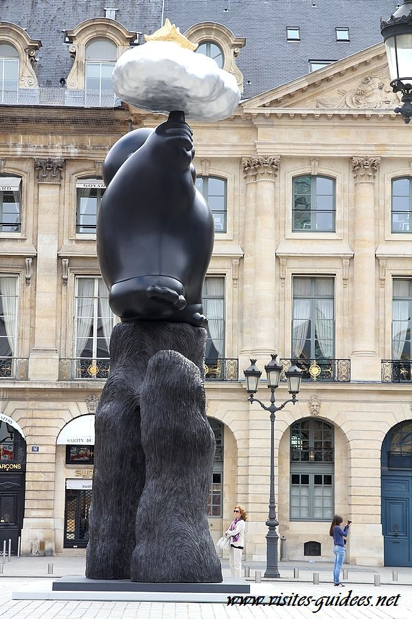 Li Chen Place Vendôme Floating Heavenly Palace