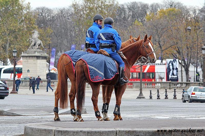 Garde républicaine à cheval