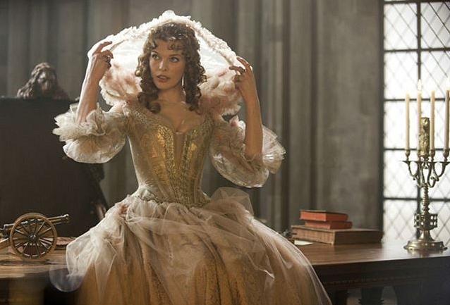 Robe de Milla Jovovich