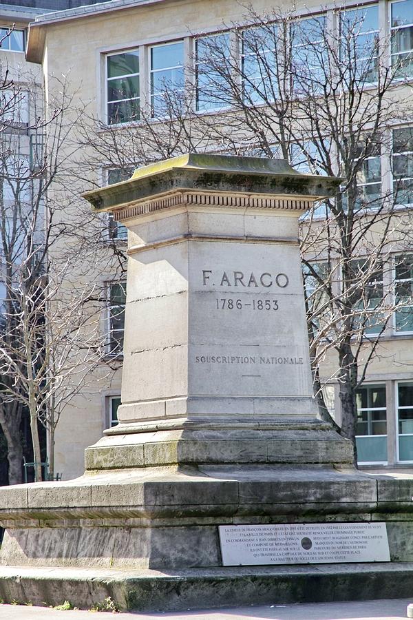 monument à Arago