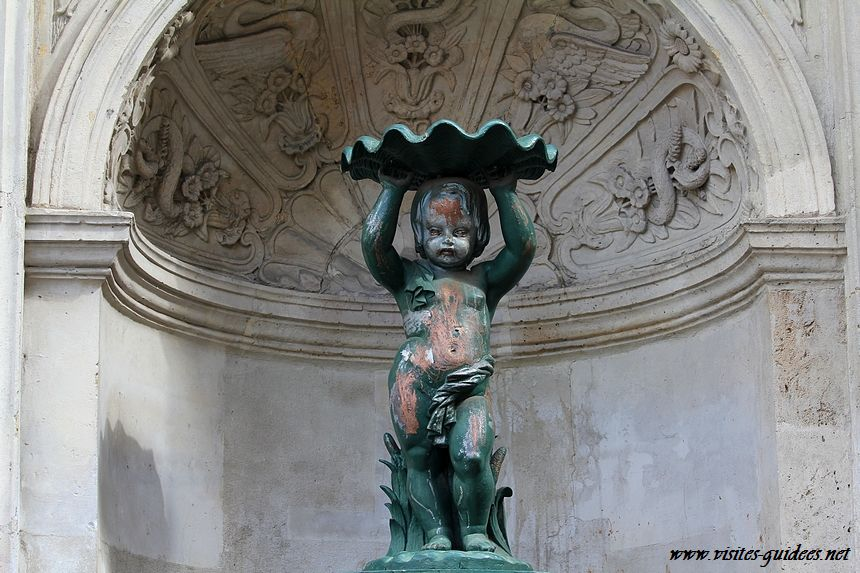 Fontaine rue Charlemagne