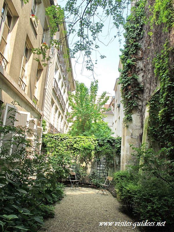 Rue Eginhard Mémorial de la Famille Zajdner