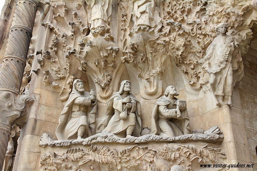 Sagrada Familia adoration des rois