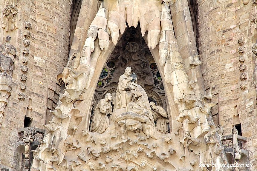 Sagrada Familia couronnement de Marie