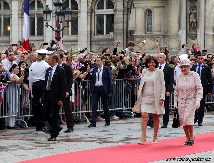 Anne Hidalgo et Sa Majesté la Reine Elisabeth II