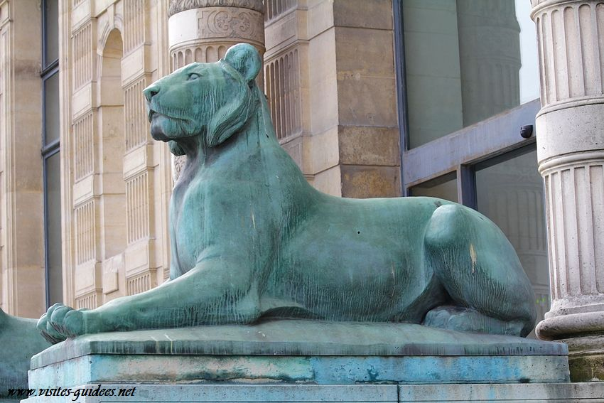 Lion porte Jaujard