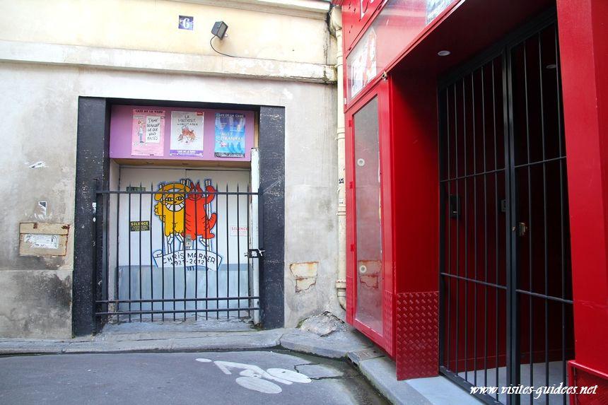 M. Chat au Café de la Gare