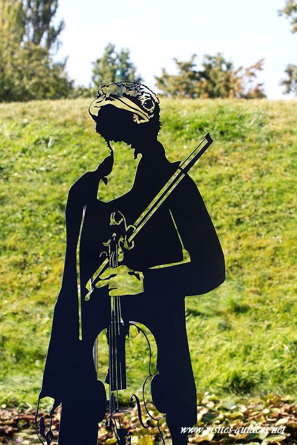 z'animaux musiciens alto hirondelle