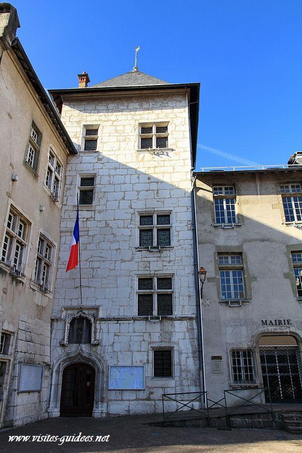"""Hôtel de ville """"Le château des marquis d'Aix"""""""