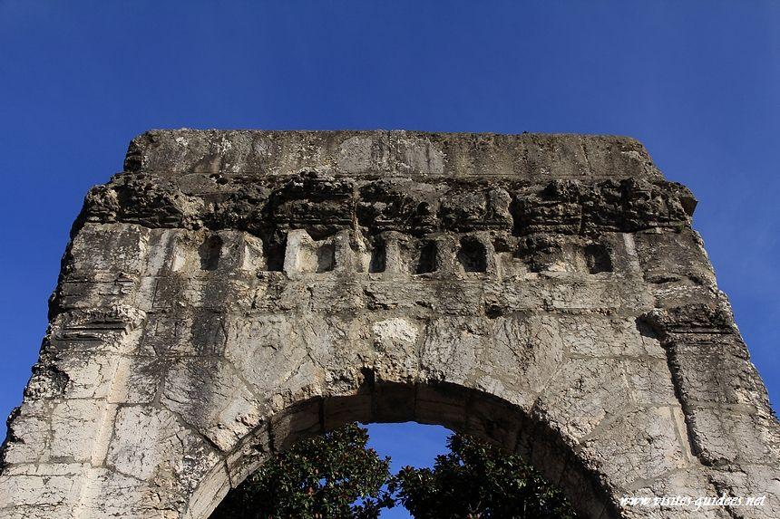 Arc de Campanus Aix les Bains