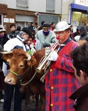 Carnaval de paris Promenade du Boeuf Gras Pimprenelle