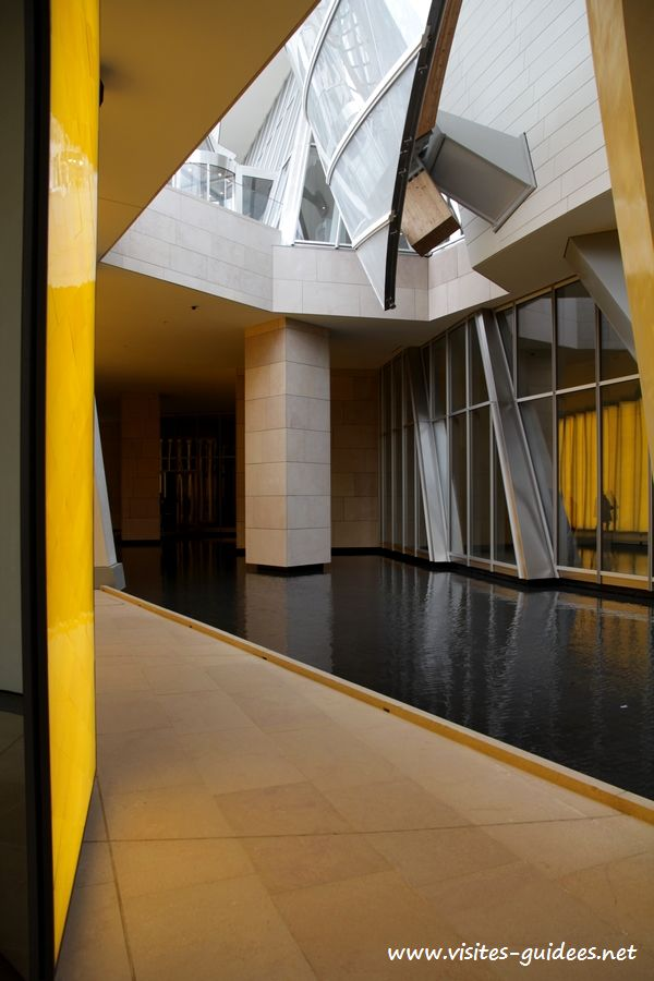 Fondation Louis Vuitton Inside the Horizon