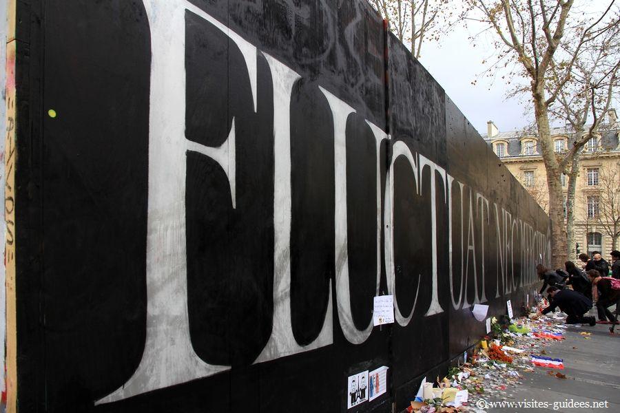 Fluctuat Nec Mergitur Devise de la Résistance Paris