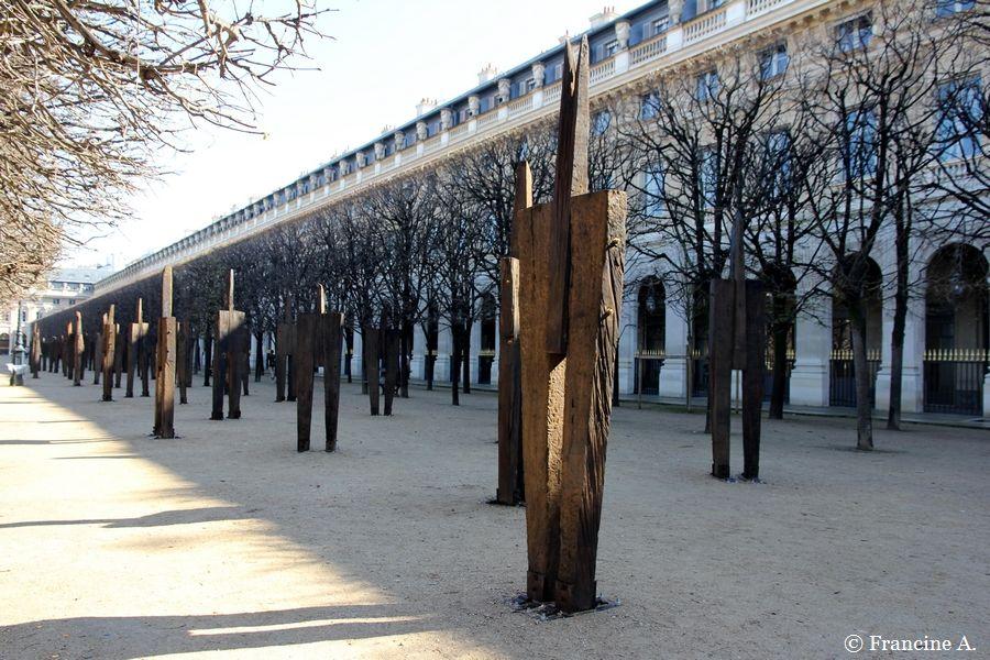 L'Homme debout Chung Hyun Palais Royal Paris