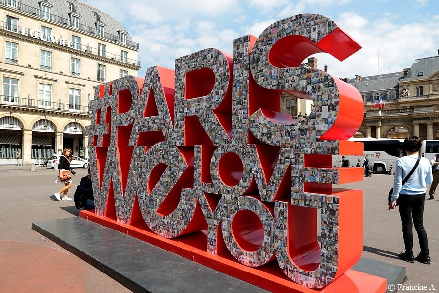 #ParisWeLoveYou