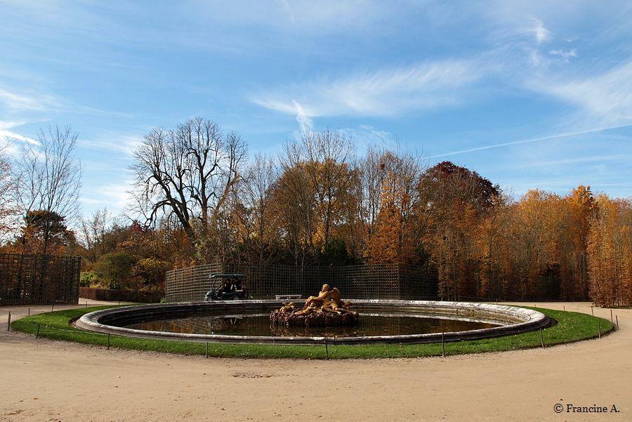 IBassin de Saturne Jardins du Château de Versailles