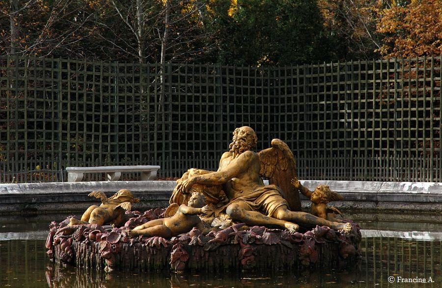 Bassin de Saturne Jardins du Château de Versailles