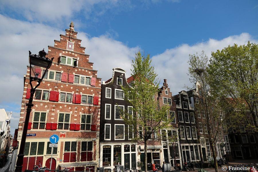 La pierre de façade de Riga Amsterdam