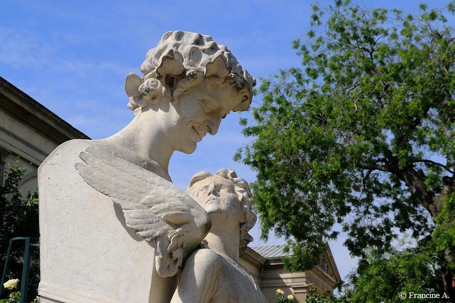 L'Amour captif Jardin des Plantes Paris