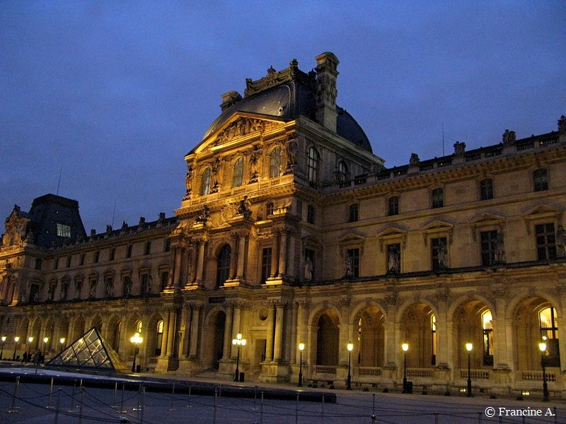 La Pyramide du Louvre