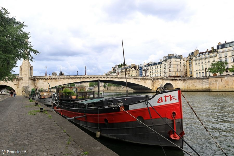 Port de la Tournelle Paris